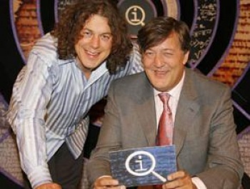 Alan Davies (left) and Stephen Fry